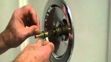 How to repair a leaky single lever moen bath or shower faucet..Older style